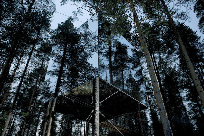 mirror cube fastsattning Treehotel in THISISPAPER MAGAZINE